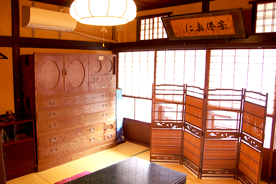 写真:侍 室内
